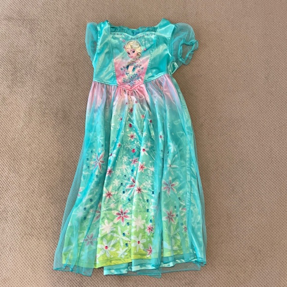 Disney Elsa nightgown / dress up gown, size small